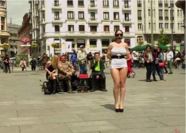 atrizes-porno-filmadas-na-rua2